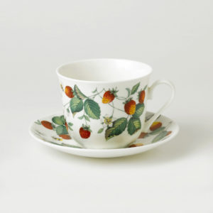 Cup and saucer Roy Kirkham alpine strawberries