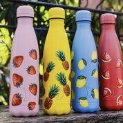 Botellas, termos y vasos con tapa